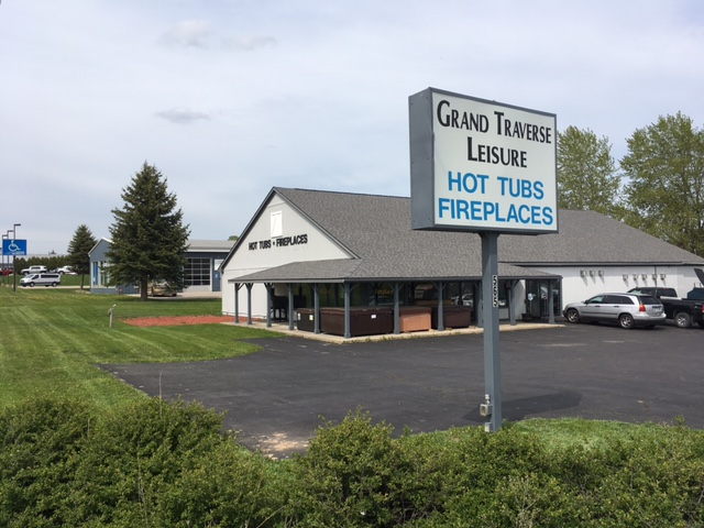 Grand Traverse Leisure Traverse City Hot Tubs and Fireplace Showroom